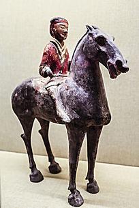 古代人物骑马雕塑