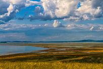 达里诺尔湖的彩色湖滩