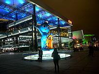 上海世博会中国船舶馆夜景