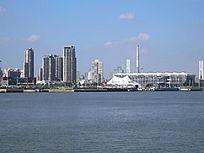 上海世博会中国船舶馆远眺