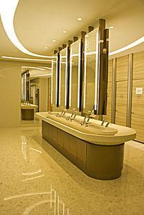 青岛万象城的厕所
