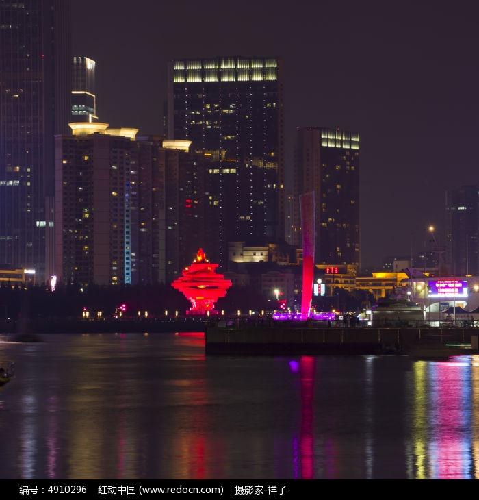 青岛五四广场图片,高清大图_城市风光素材