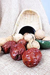 红枣老核桃组合静物