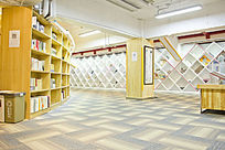 青岛如是书院的书架