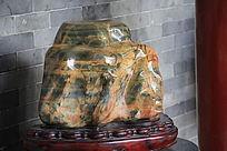 大块的石头饰品