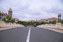 欧式别墅区宽敞的马路