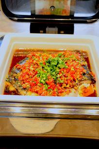 大碗剁椒鱼头