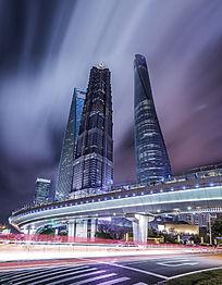 繁华的上海陆家嘴金融中心