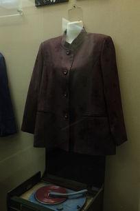七十年代女士西装