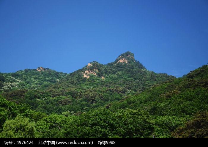 千山风景区的蓝天与山峰高清图片下载 编号4976424 红动网