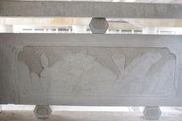 荷花与荷叶桥体石刻浮雕