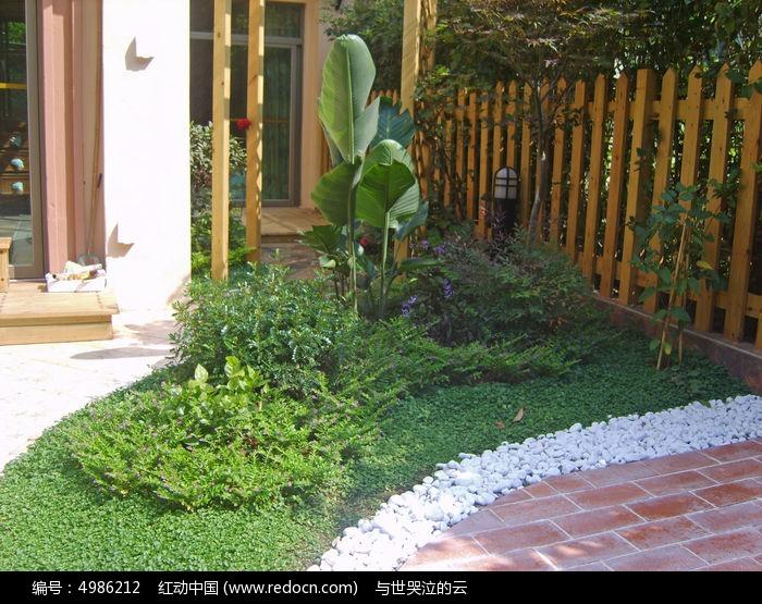 木栅栏图片,高清大图_园林景观素材