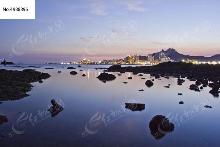 原创摄影图 自然风景 海洋沙滩 海边石头  请您分享: 红动网提供海洋