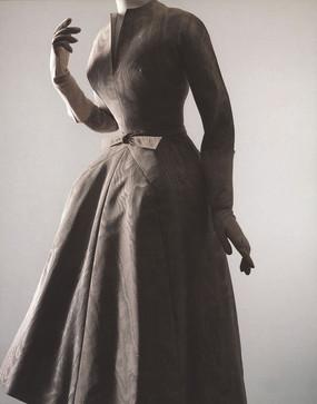 时尚连衣裙 连衣裙海报图片 连衣裙广告图片 经典连衣裙 连衣裙模特 连衣裙展示