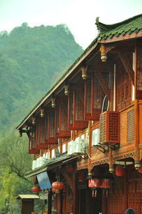 青城山下的古镇