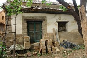 乡间的古老砖房
