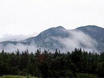 昌江棋子湾山峰森林图片