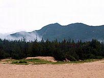 海南 昌江棋子湾山峰森林图片