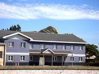 乡村里的清新房屋建筑