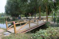 水上公园吊桥