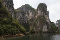 舞阳河两岸悬崖风光