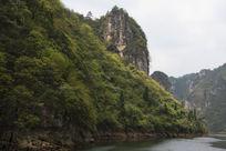 镇远古城舞阳河两岸高山陡峭