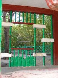 公园里艺术栏杆景观