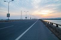 松陵大桥路面