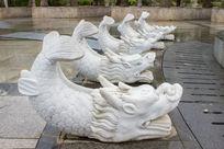 梧州园的鱼龙雕像