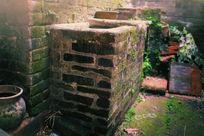 老房子的水缸