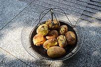 贵州特色烤土豆