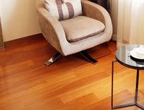 室内实木地板摄影