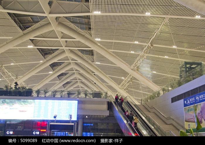 青岛火车北站建筑图片