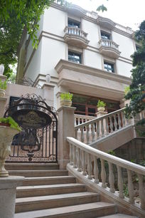 大理石花园洋房楼梯