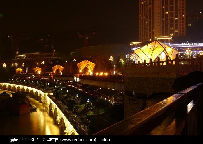 重庆南滨路美食街美食新书三大一角夜景供应商图片