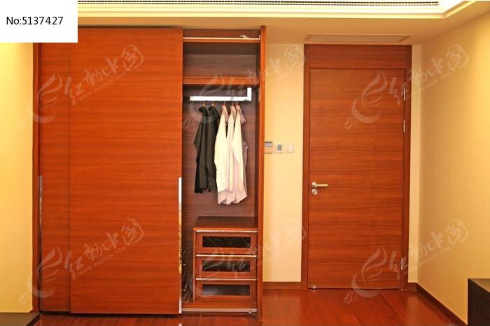 卧室衣柜移门图片,高清大图_家庭装潢素材