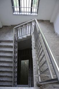 别墅毛胚房建筑楼梯