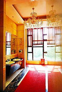 豪华酒店厕所装饰