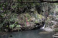 仙人洞的仙龟潭