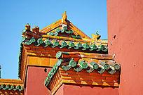 红砖绿瓦建筑