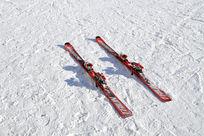 雪地上的滑板