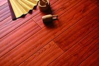 栗木实木复合地板铺装图