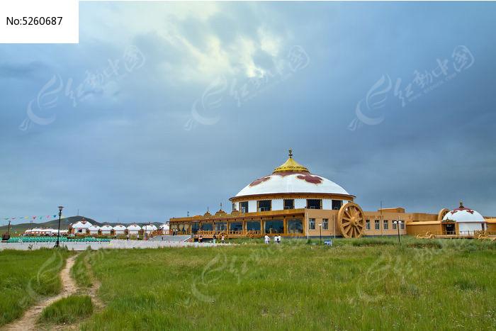 内蒙古草原蒙古包图片