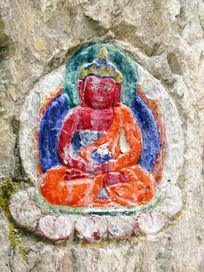 雕刻石佛像