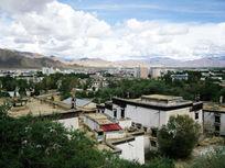 西藏城市风光