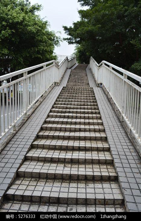阶梯地台钢结构施工图