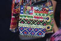 民族小背包