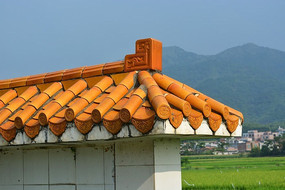 橙红色屋顶