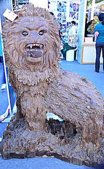 沉香狮子雕塑