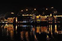 镇远古镇河畔夜色